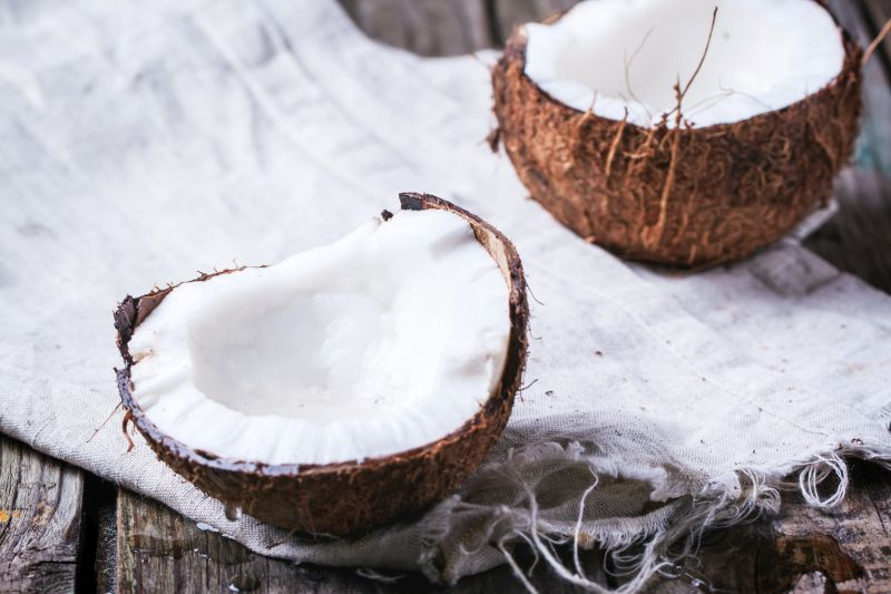 5 Great Ways to Use Coconut Oil Every Day