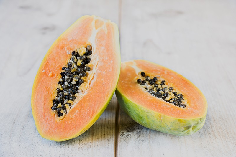 Keep Your Digestive System Healthy with Papaya and Pineapple